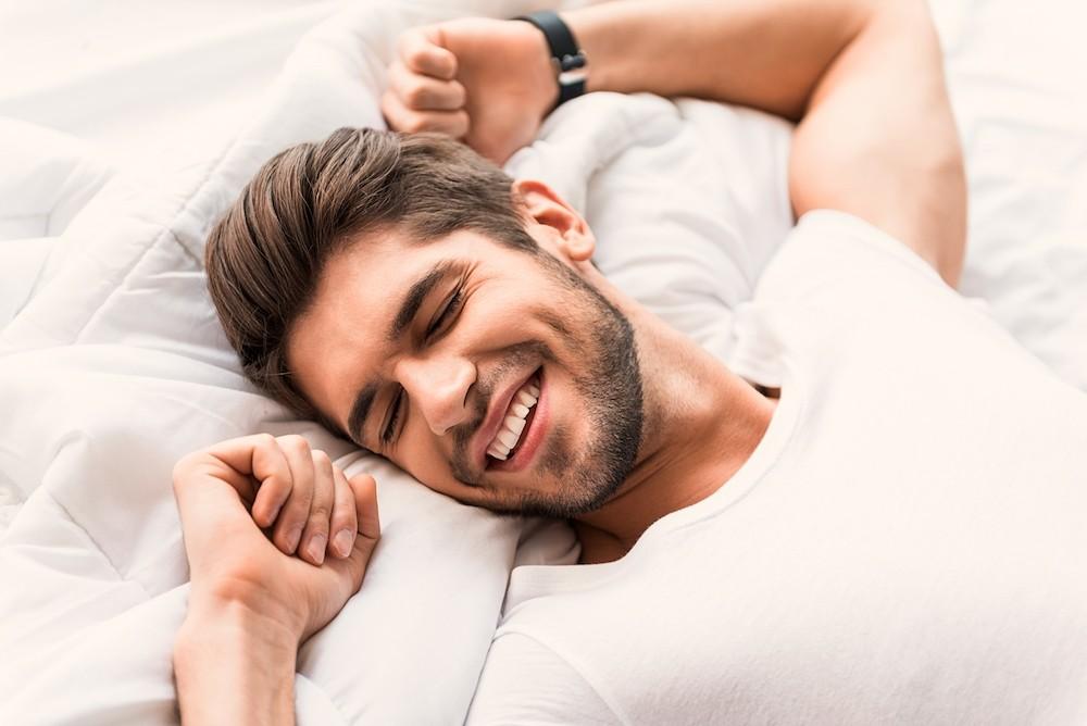 dormire bene e svegliarsi di ottimo umore